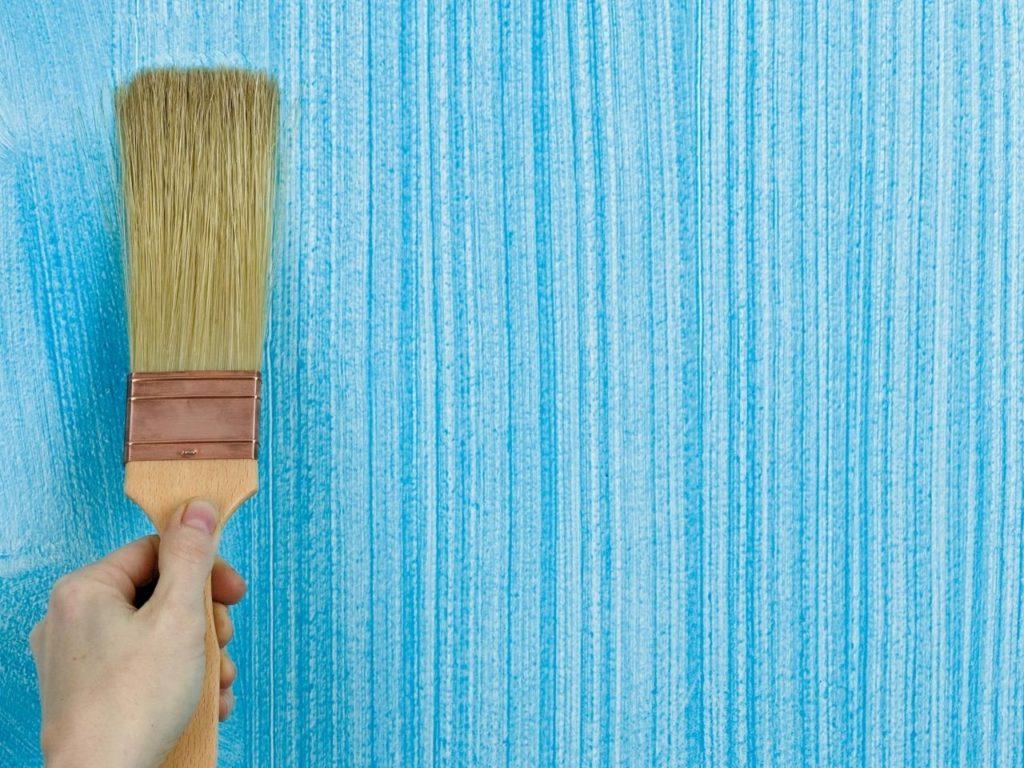 Использование в дизайне фактурной краски - способ нанесения кистью или щеткой
