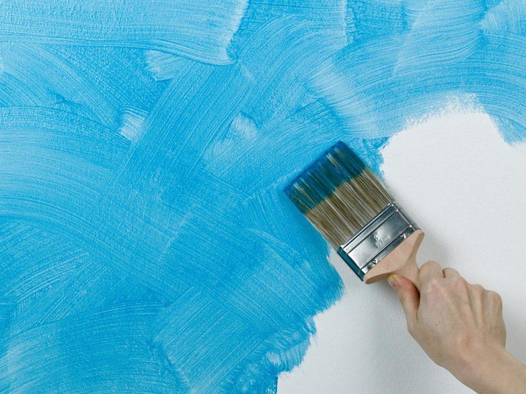 Использование в дизайне фактурной краски - способ нанесения кистью