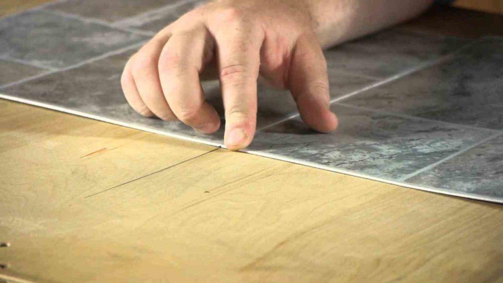 Укладка линолеума самостоятельно: 5 простых шагов