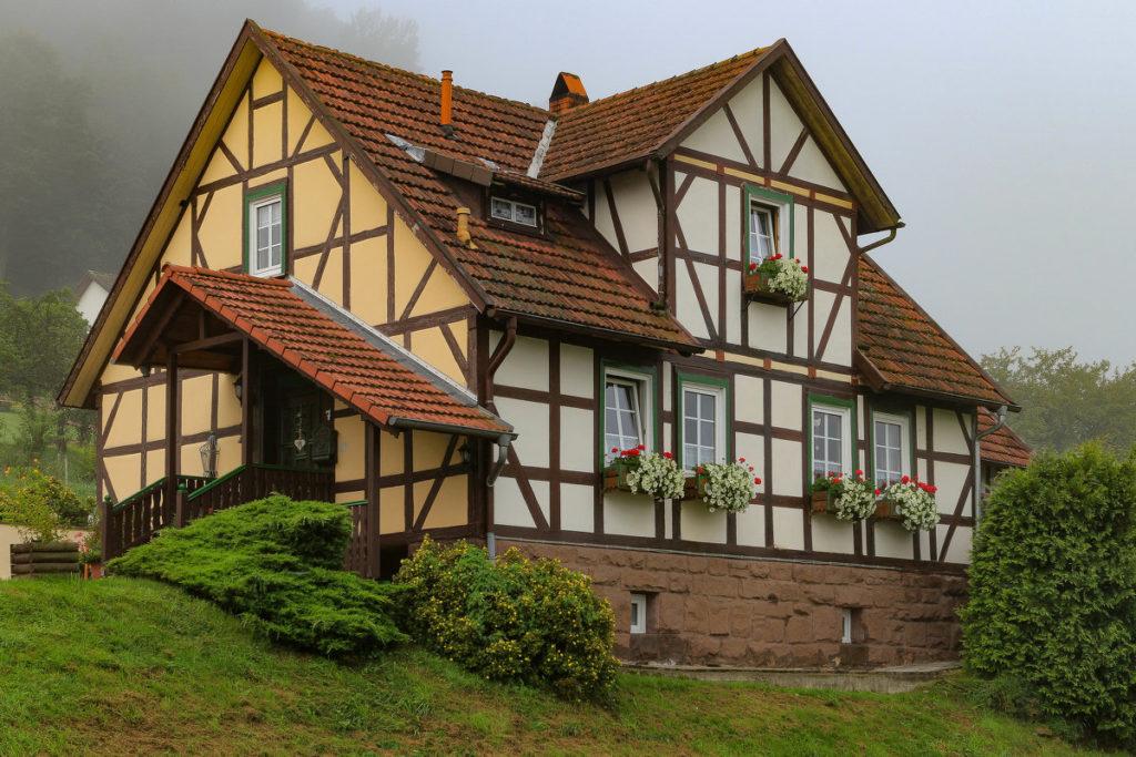 Дом в стиле старинного фахверка